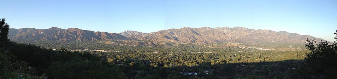 La Cañada Hillside